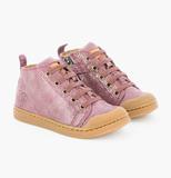 10IS sneakers