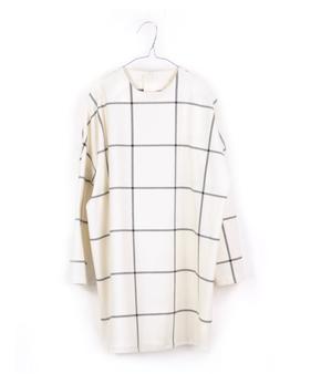 Motoreta Dress Aguadulce White and Black Grid
